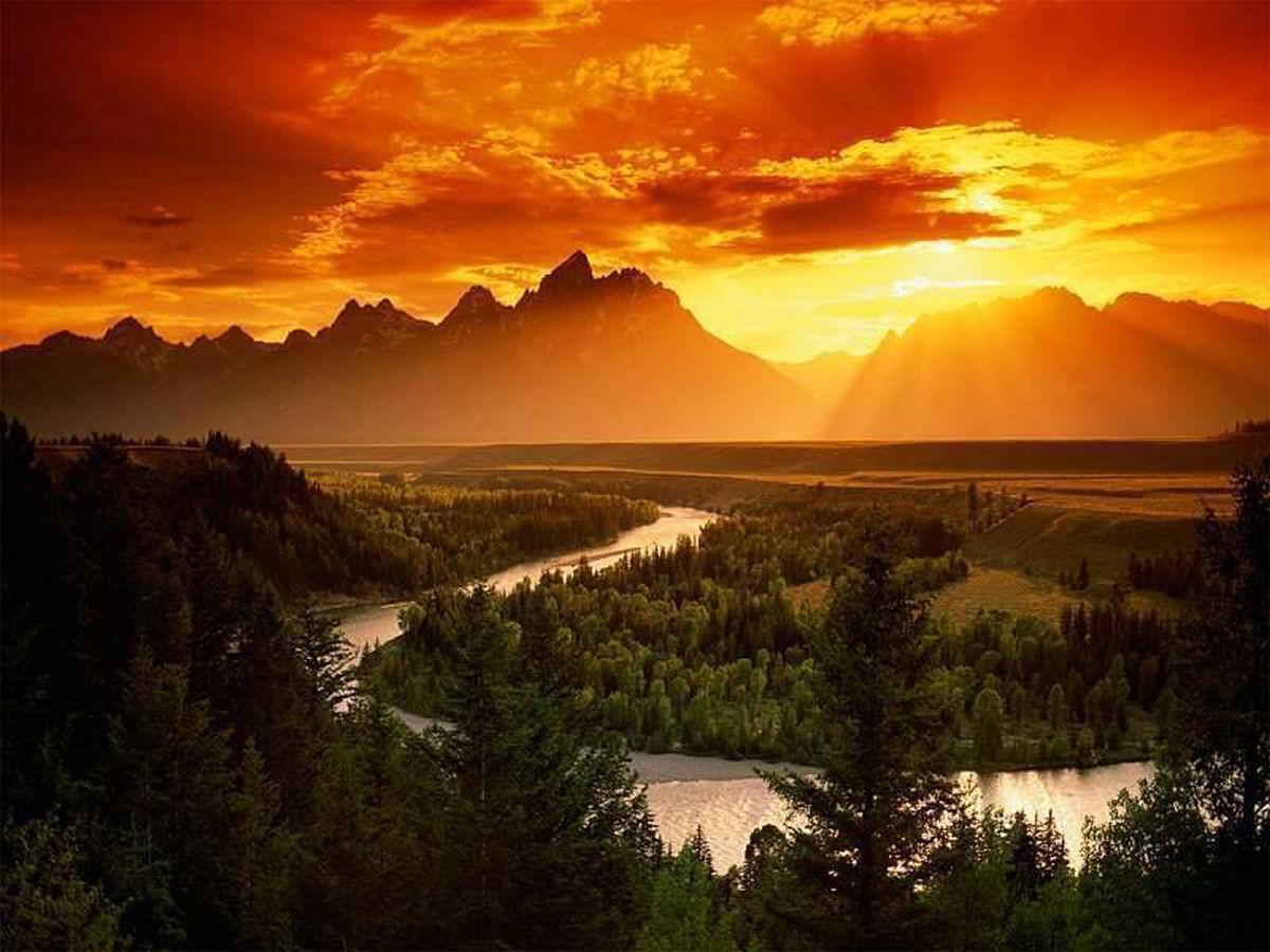 montagne ensoleillée